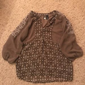 Women's Sz Small Buckle Boutique Top